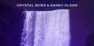 Crystal Skies & Danny Olson - Like Water ft. Jadelyn is OUT NOW on Lost In Dreams. This new Crystal Skies music is pure Emo Future Bass.
